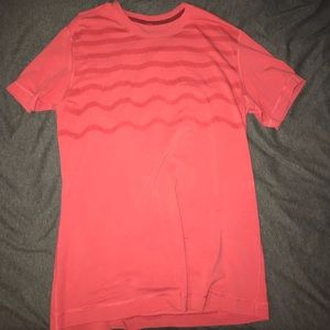 Lululemon men's 5 year basic tee